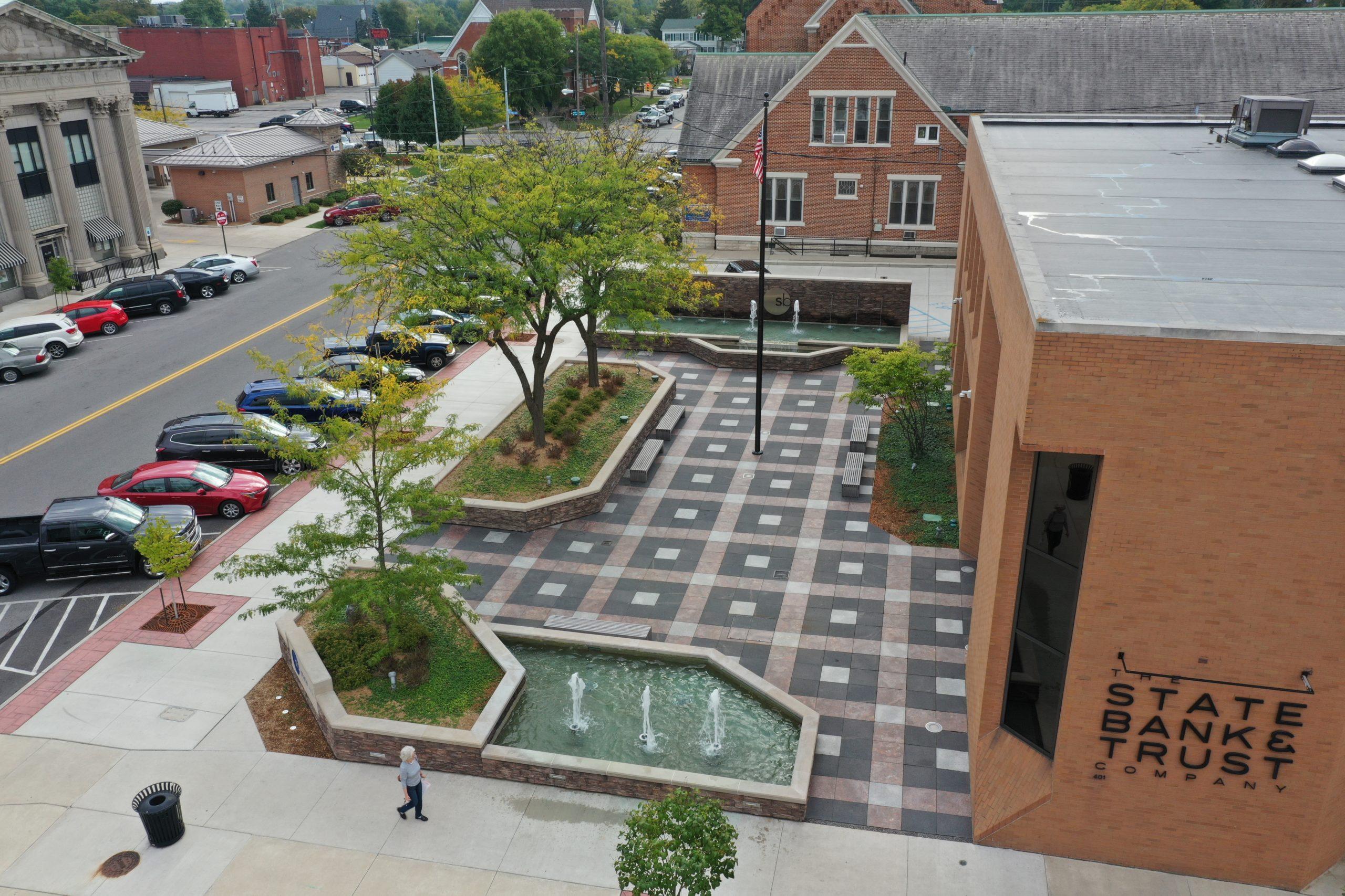 State Bank Pedestrian Plaza – Defiance, Ohio